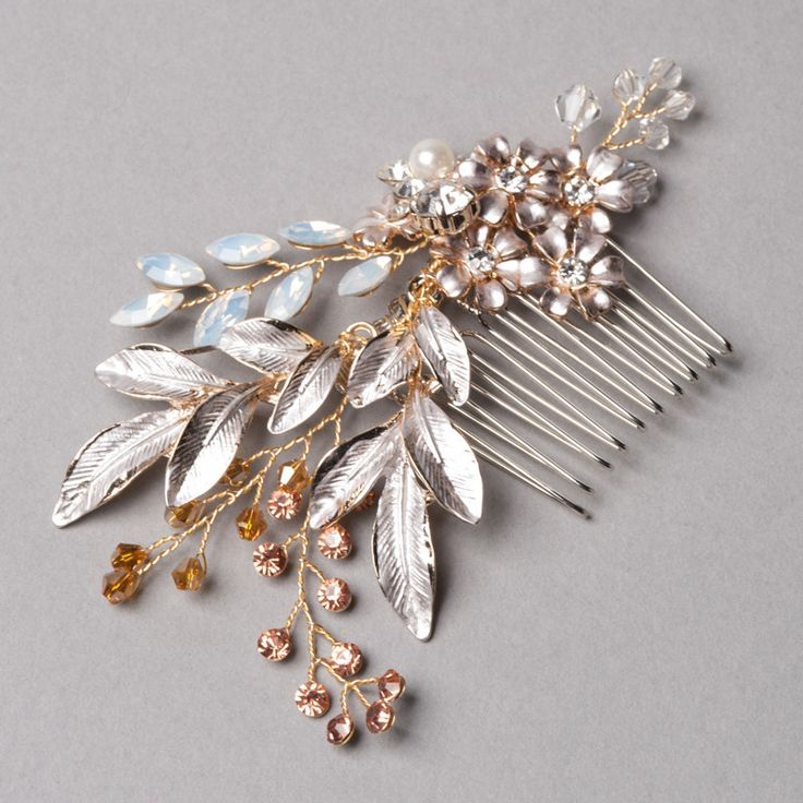 Pink Daisy Comb by Shop No.2 - Shines with tear drop stones, champagne colour crystal beads and stones.