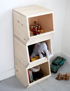 DIY Wooden Toy Bins /themerrythought/ http://themerrythought.com/diy/diy-wooden-toy-bins/