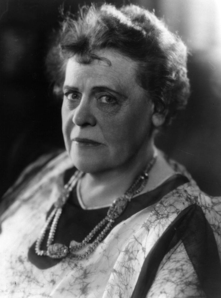 marie dressler mgm - Wrote a foreword to a cook book: Dear Readers, Realizing very young that with my limited supply of good looks and figure I would have to cultivate some gift that would attract the opposite sex, I took up cooking.  Believe it or not, it worked.
