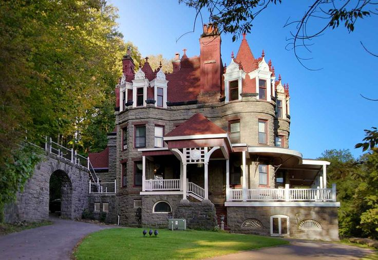 Upstate New York Castle Bed And Breakfast