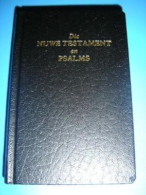 Afrikaans New Testament & Psalms / Die Nuwe Testament En Esalms [Paperback]
