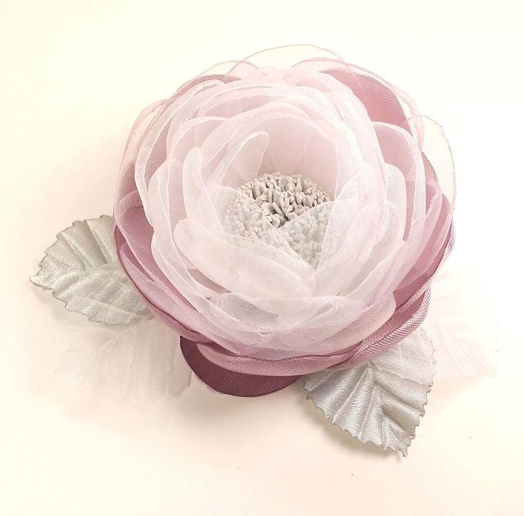 Купить Долина Утренней Розы. Брошь - цветок ручной работы из ткани - комбинированный, серо-розовый