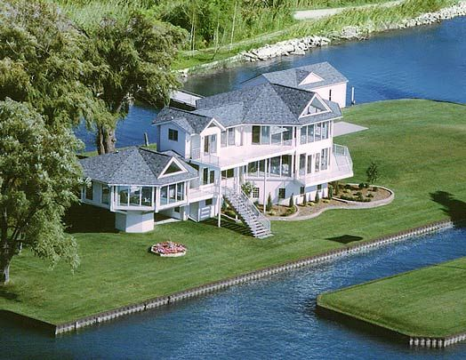 85 best images about lake houses on pinterest lakes for Luxury lake house plans