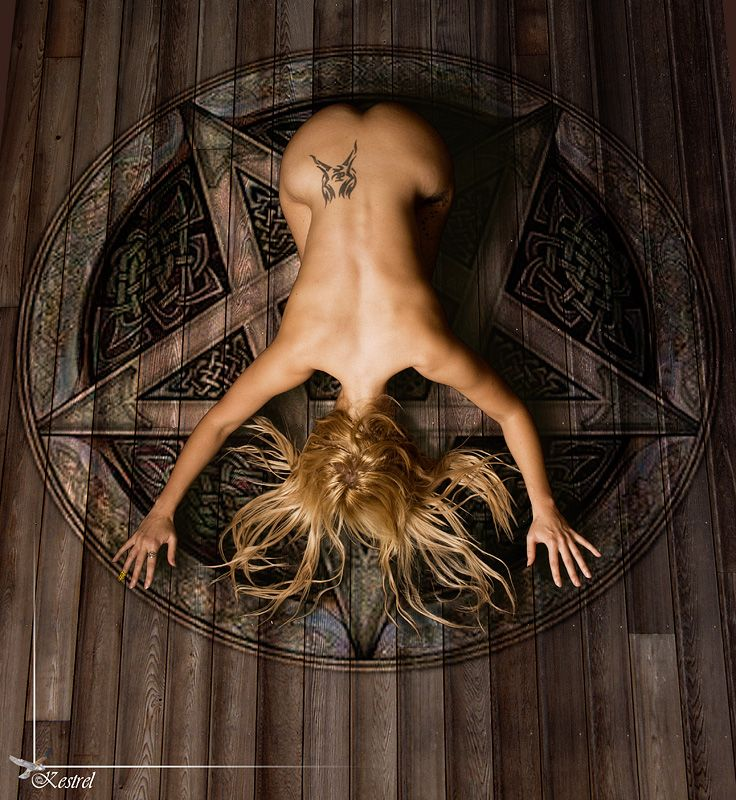 Magick Wicca Witch Witchcraft:  #Witch.                                                                                                                                                     Más