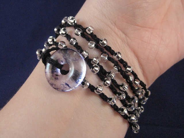 Beaded Wrap Bracelet; free pattern: Beads Crochet, Beaded Wrap Bracelets, Beads Bracelets Patterns, Beaded Bracelet Patterns, Crochet Wraps, Beads Wraps Bracelets, Crochet Patterns, Free Patterns, Free Beads