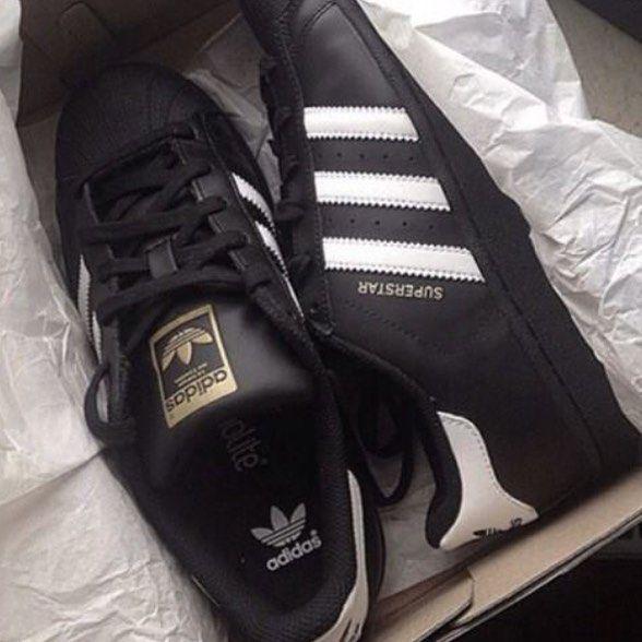 Tak Samo Genialne Jak Superstary A W Kostki Cieplo Adidas Adidasoriginals Promodel 851 Promodel851 Blacka Sneaker Stores Sneakers Adidas Sneakers