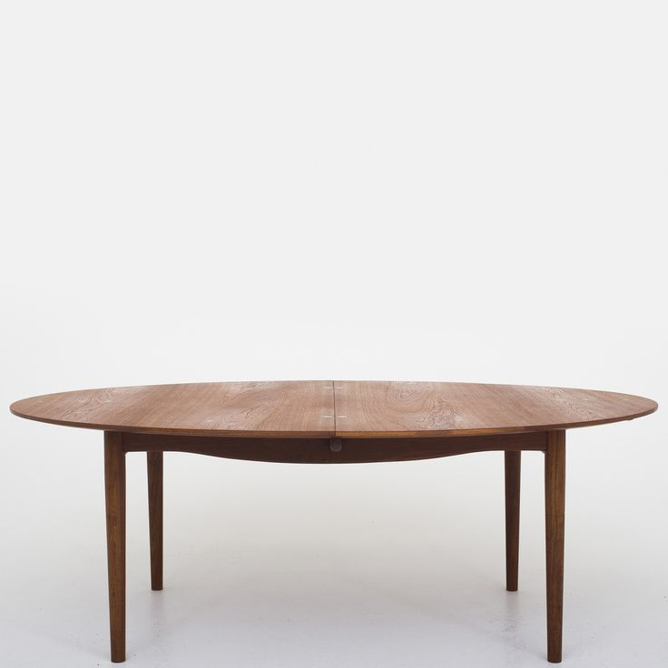"""Judas"" dining table in teak"
