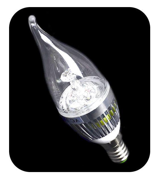Lampada E14 Fiamma a led 3W equivalenti a 30W – colore caldo 2800K. Lampadina artistica per lampadari antichi o di design