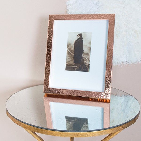 A hammered copper photo frame to give real impact to your precious photo or print and perfect for bringing the copper glow to your interior.