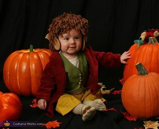 Bilbo Baggins - Baby Halloween Costume Idea so this will happen one day when i have a child!