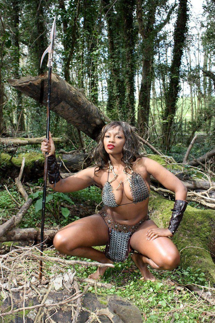 картинки женщин амазонок с большими сиськами - 4