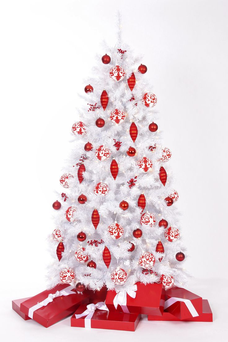 White christmas tree with red decorations - Winter White Christmas Tree Decorated For Valentine S Day
