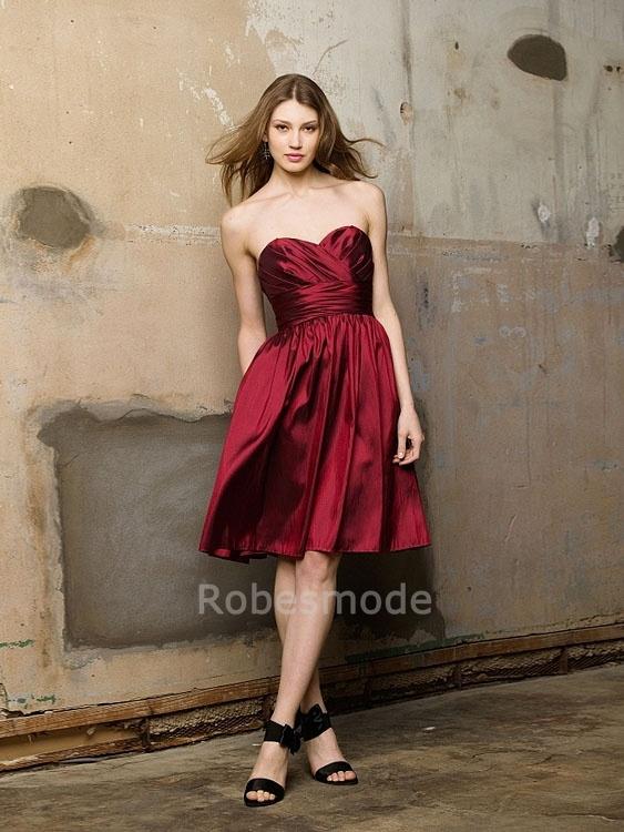 robe demoiselle d honneur rouge a ligne mi longue sans manches en taffetas robe. Black Bedroom Furniture Sets. Home Design Ideas