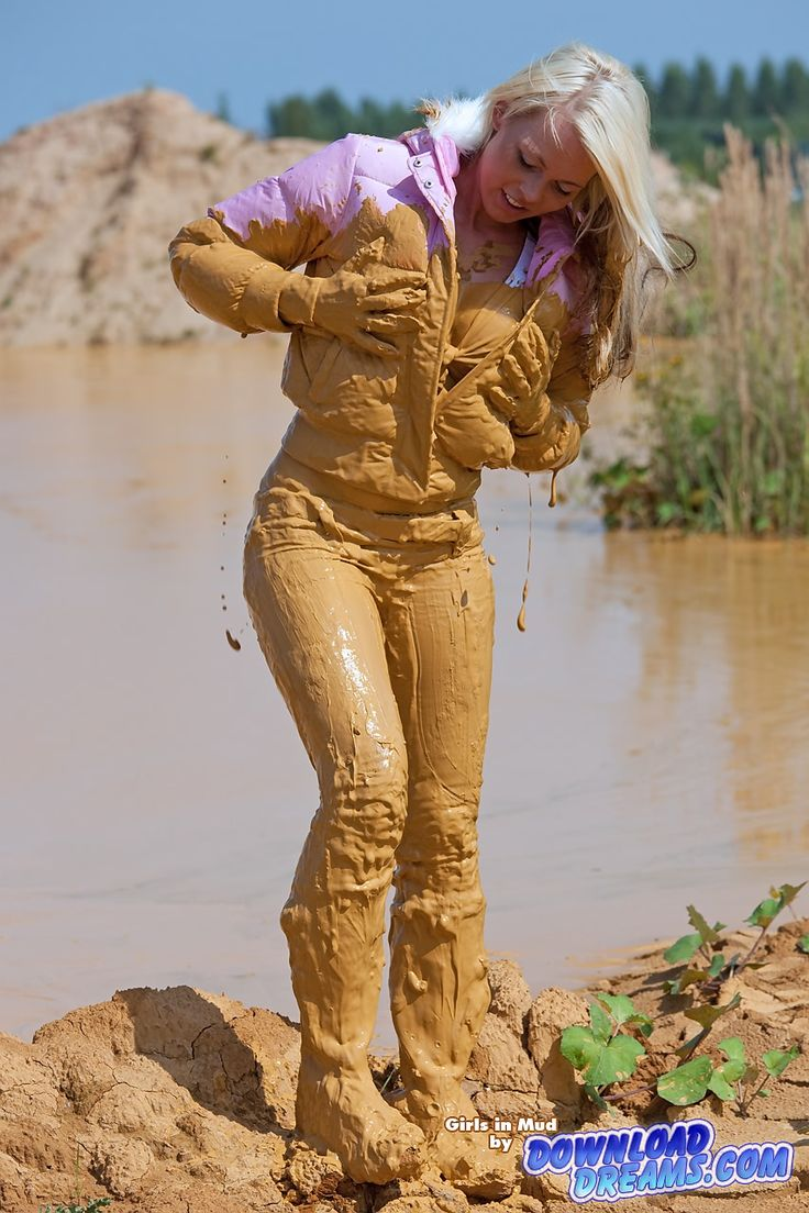girl_fully_covered_in_mud_004.jpg (853×1280)