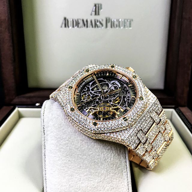 Iced Out Ap Skeleton Bustdown On Deck For 118000 00 Can