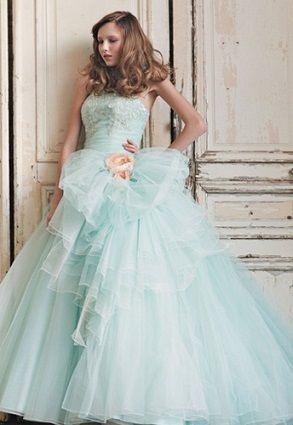ミントグリーンで爽やかに♡グリーンの花嫁衣装・ウェディングドレスの参考一覧まとめ♪