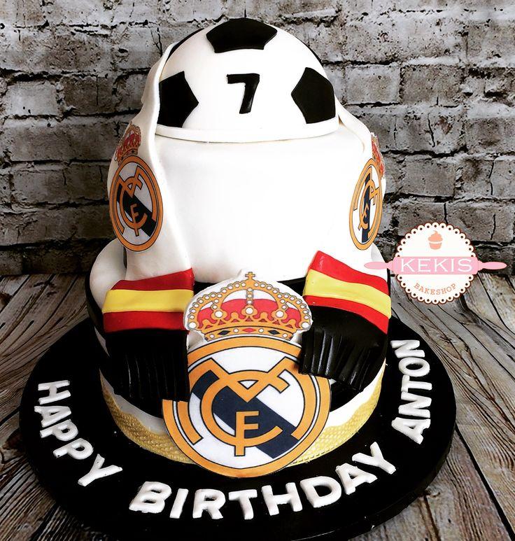 Soccer Cake from Kekis Bakeshop  Pastel de Futbol Soccer Manchester United