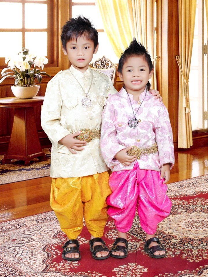 traditional Cambodian attire