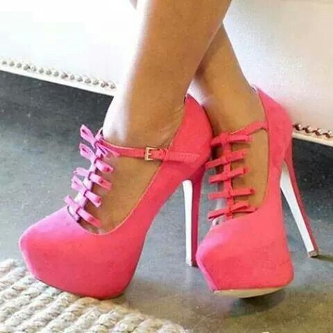 Pembe tatlı şirin bir Ayakkabı