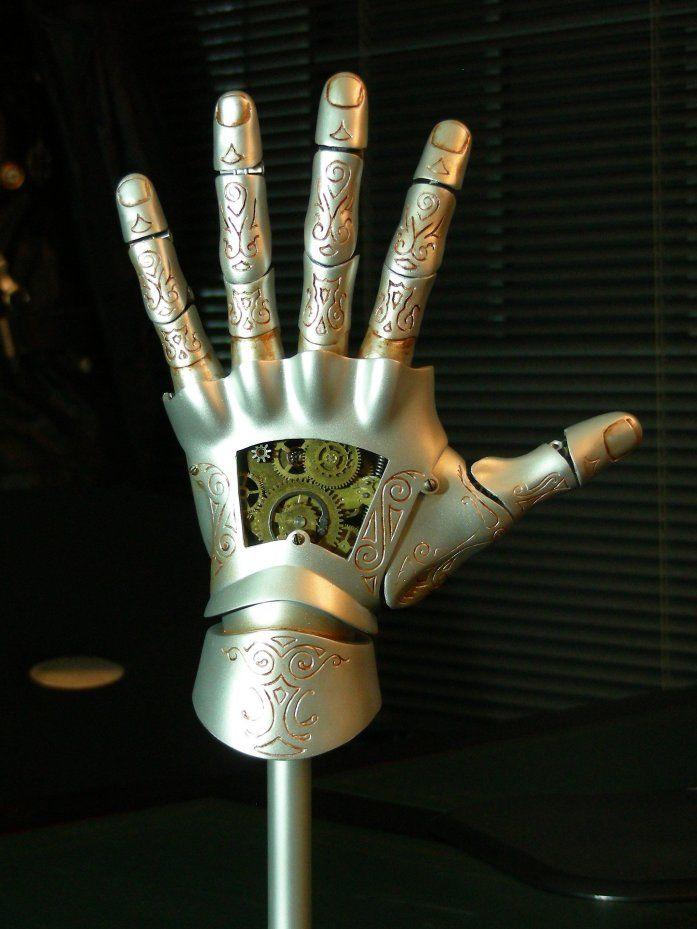 Hellboy - Kroenen mechanical hand - done!