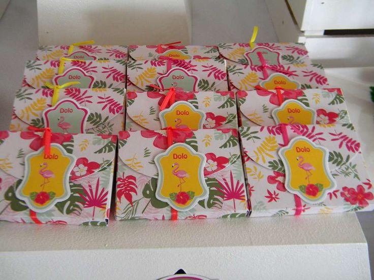 Flamingos Birthday Party Ideas | Photo 16 of 27
