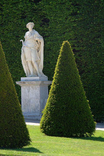 Les Jardins de Versailles (French Edition)