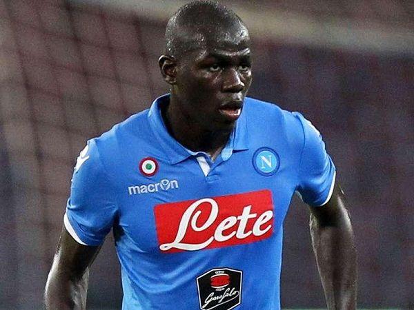 Koulibaly akan tetap bertahan di Napoli menurut agen