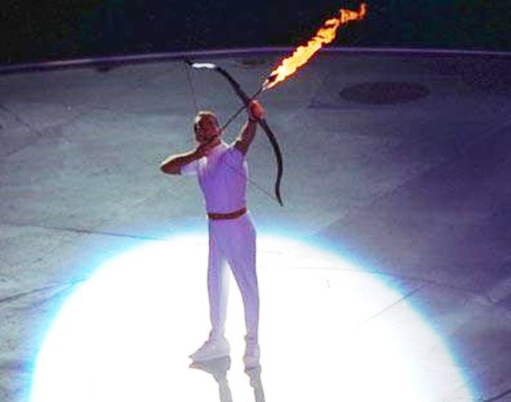 The Olympic flame cauldron was lit by the Paralympic archer Antonio Rebollo, who shot a flaming arrow lit by the last torch runner into it.