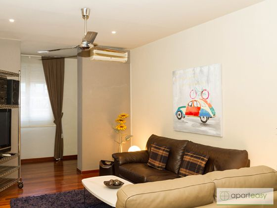 One of our apartments for rent in Barcelona. C/Aragó, 231.