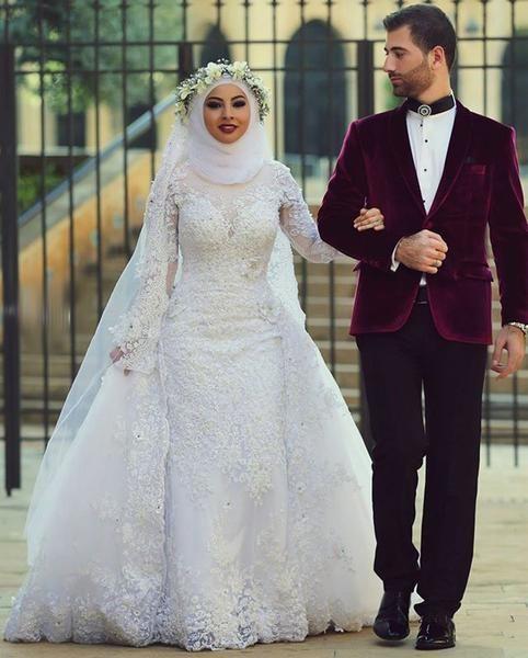 1184e86c0050 Arab Hijab Saudi Arabia Modest Muslim Wedding Dress Long Sleeve Lace Beads