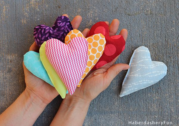 Perfect Valentine's Day gift, make a bunch of Mini Heart Shaped Hand Warmers with this tutorial from Haberdashery Fun.
