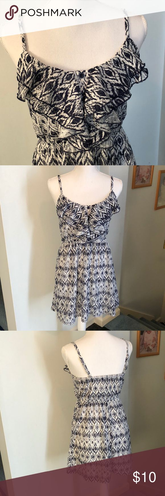 Sequin Hearts Navy Blue and White Pattern Dress Women's size Small Sequin Hearts Dress has adjustable straps. Worn once, excellent condition no rips or stains & comes from a smoke free home! Same or next business day shipping on all purchases!💕 Sequin Hearts Dresses Midi