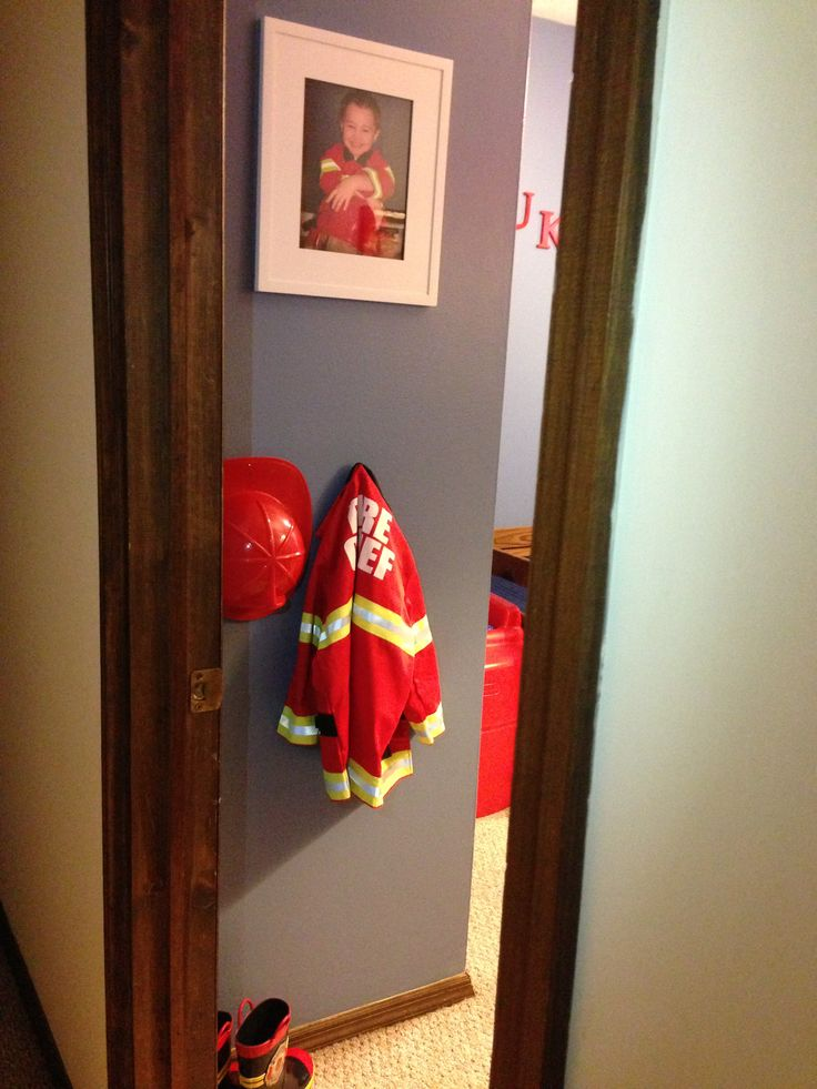 Boys firefighter bedroom...