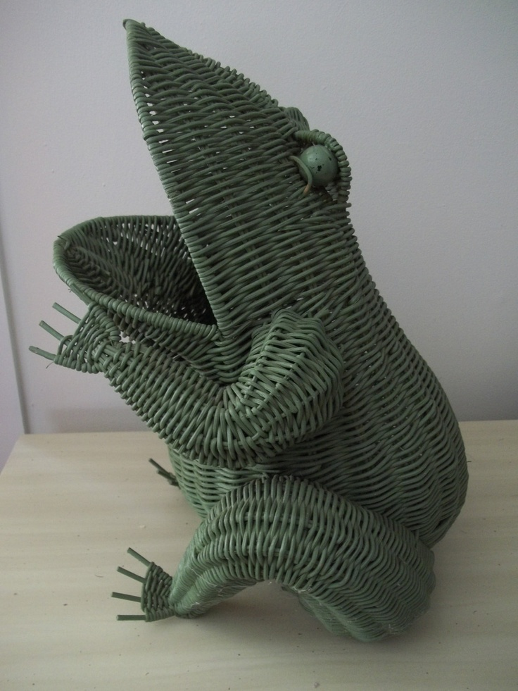 vintage large green wicker rattan frog by @herminascottage #green #frog #wicker pinned by www.wickerparadise.com