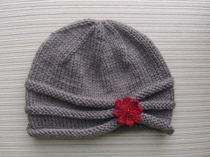 Rolled Brim Hat in Size Adult...adorable hat pattern. (Or follow link for child size http://www.craftsy.com/pattern/knitting/accessory/rolled-brim-hat-for-a-girl/37874)