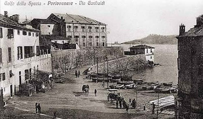 Dimora Storica in the Gulf of Poets: the history of Grand Hotel Portovenere