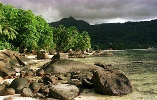 Ilhas Seychelles 11 550x351 Ilhas Seychelles   Fotos Pacotes Localização Lua de Mel