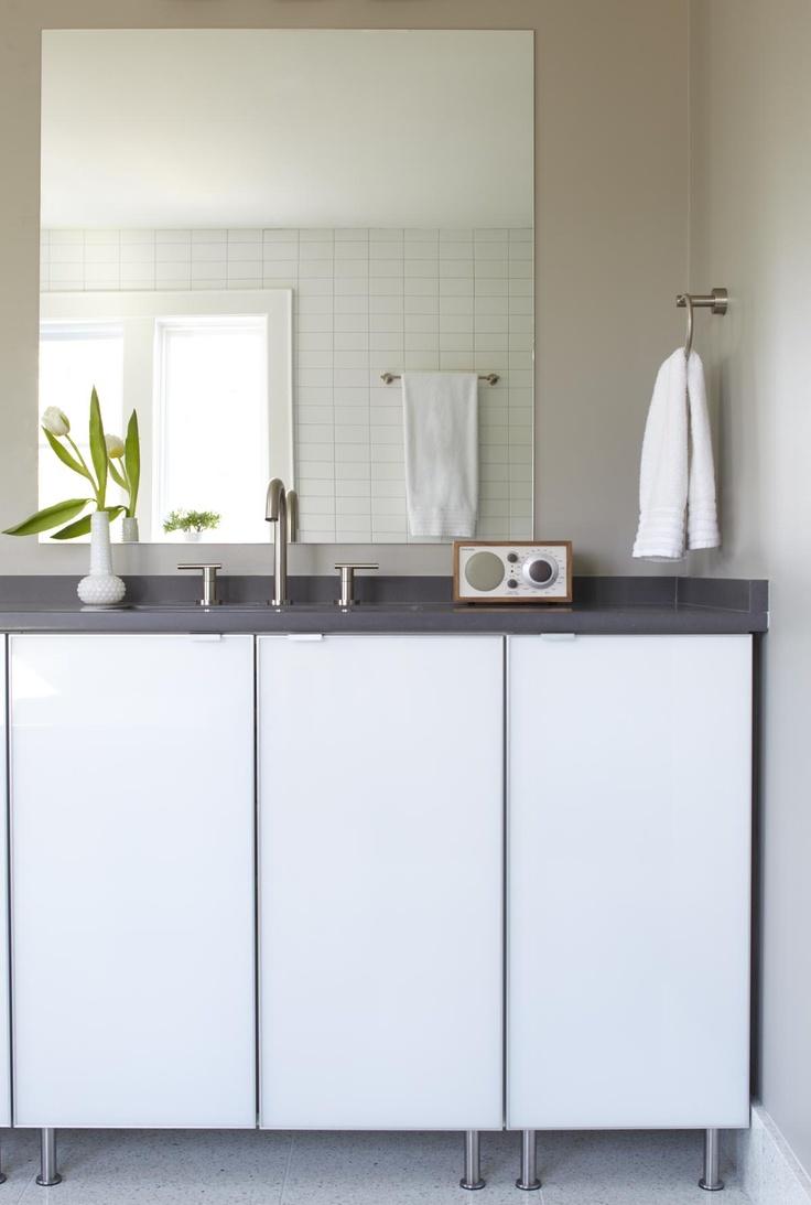 Fresca livello 24 inch black bathroom - Photography By Lauren Rubinstein