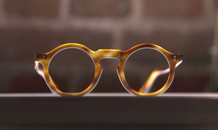 General Eyewear Vintage Bespoke Opticians. http://www.selectism.com/2015/03/11/general-eyewear-vintage-bespoke-opticians/