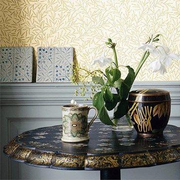 Beställ Lily Leaf tapet från William Morris® (WM134-05)