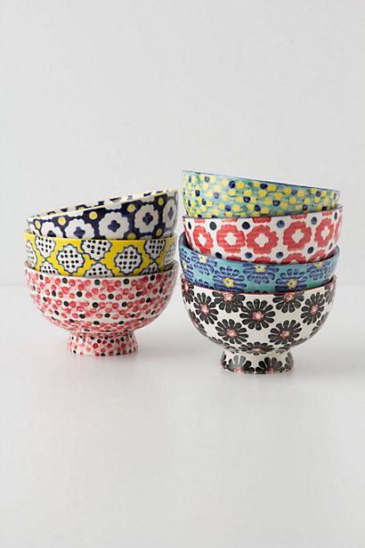 pretty patterned bowls from Anthropologie, one day I want to have one of each :-)