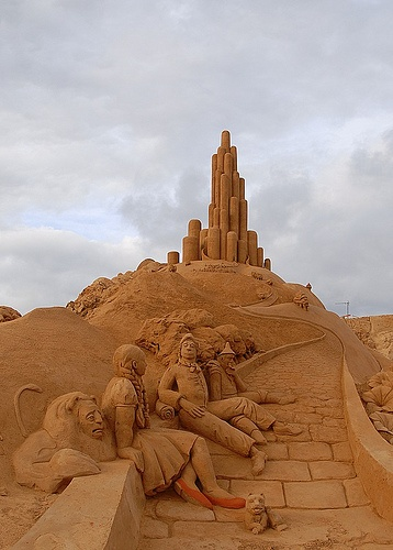wizard of oz in sand