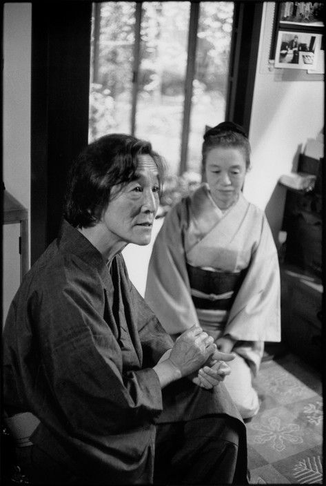 Henri Cartier-Bresson JAPAN. Japanese photographer Hiroshi HAMAYA and his wife. 1978.
