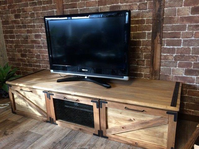 テレビ台diy ニトリのシンプルなテレビ台をリメイクdiyで大変身 テレビ台 Diy テレビ台 リメイク テレビ台