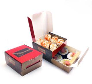 Sushi para llevar en caja con cajón. Papel, suaje, cartulina sulfatada, laminado brillante, impresión digital, offset.