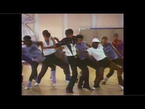 Michael Jackson ensaiando coreografia para a gravação do videoclipe Thri...