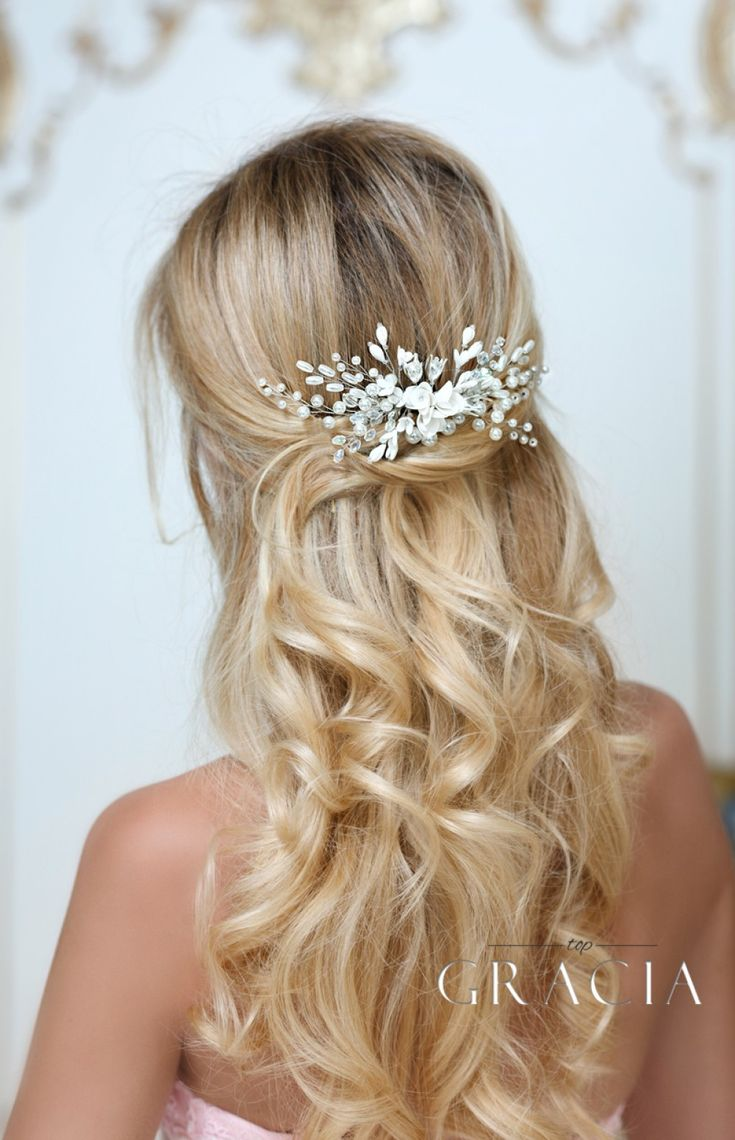 ALEXA bridal hair comb pearl wedding comb by TopGracia #topgraciawedding #bridalhairaccessories #hairflower #bridalhaircomb #bridalhair