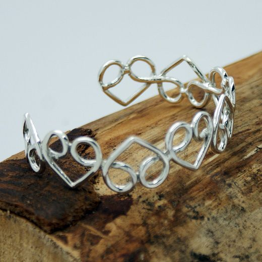 Pura Mexico Sterling Silver Heart to Heart Cuff Bangle - Openwork hearts