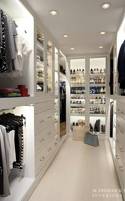 very similar to my space ... now just have to put the california closet idea together!!
