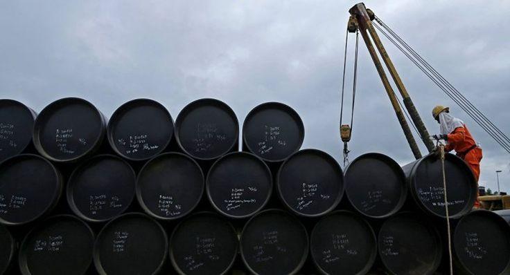 Subieron reservas de crudo de EE.UU. Las reservas de petróleo de EE.UU. subieron 2,8 millones de barriles y se situaron en 488,3 millones, informó el Departamento de Energía  Twittear  http://wp.me/p6HjOv-2XN ConstruyenPais.com